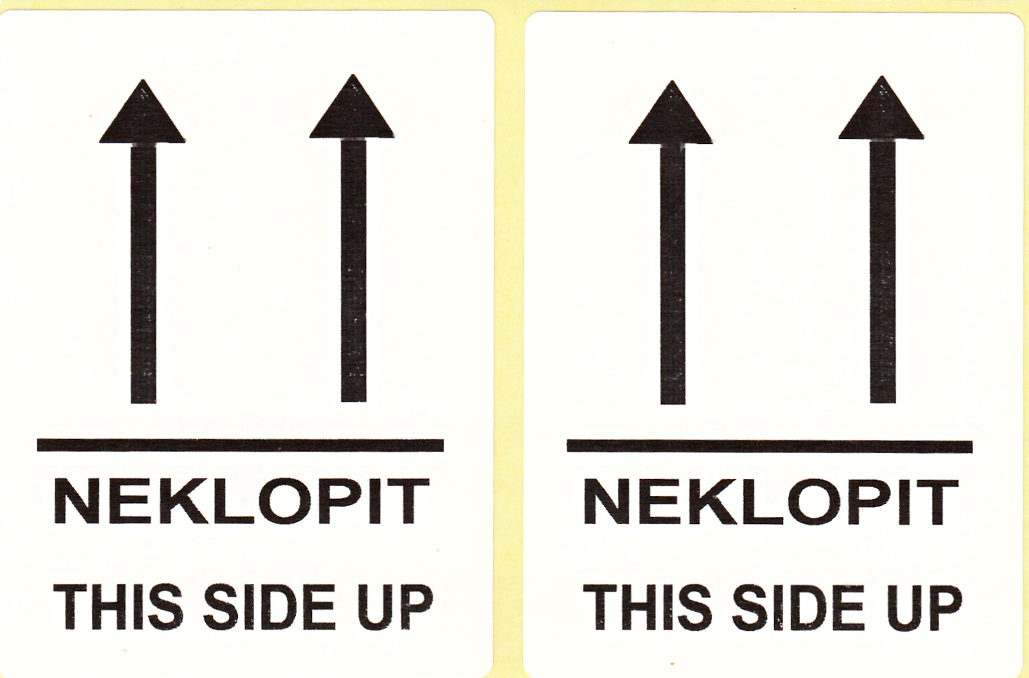 """NEKLOPIT - THIS SIDE UP"" - etikety 68 x 45  mm - bílé"